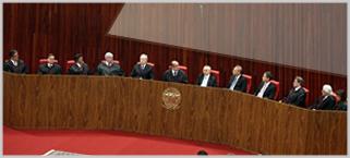 Ministros Gilmar Mendes e Luiz Fux tomam posse no TSE
